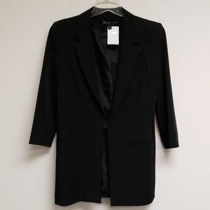 Elizabeth And James Black Button Hook Blazer 6
